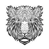 Zentangle传统化了老虎头 纹身花刺或T恤杉的剪影 图库摄影
