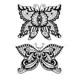 彩图、衬衣设计或者纹身花刺的手拉的蝴蝶zentangle样式 库存照片
