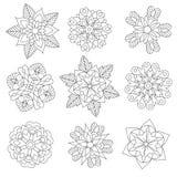 Zentangle estilizó los copos de nieve de la Navidad ilustración del vector