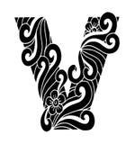 Zentangle estilizou o alfabeto Letra V no estilo da garatuja Pia batismal desenhada mão do esboço Foto de Stock