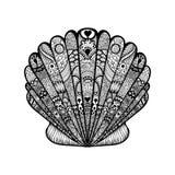 Zentangle stylizował czarną denną skorupę Ręka Rysujący doodle wektor il royalty ilustracja