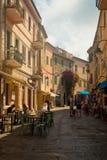 Zentrale Straße in Capoliveri, Elba-Insel, Italien lizenzfreie stockfotos