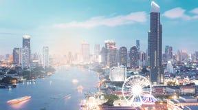 Zentrale Welt (CTW) das berühmte der Einkaufszentren Stadtzentrum herein von Bangkok Lizenzfreies Stockfoto