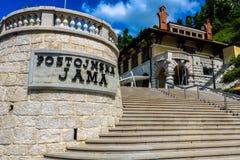 Zentraler Eingang der Postojna-Höhle Postojna Jama, Slowenien Stockfotos