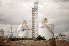 Zentraler flüssiger Wasserstoff Ein Industriegebiet Flüssiger Wasserstoff-Sammelbehälter (Spanien) stockfotografie