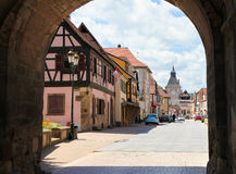 Zentraler Platz in Rosheim, Elsass, Frankreich Lizenzfreie Stockbilder