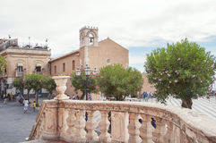 Zentraler Platz in Taormina, Sizilien Stockfotos