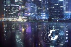Zentrales Geschäftsgebiet und Begriffsbild des digitalen Themas Technologiehintergrund in den blauen Tönen Stockfotografie
