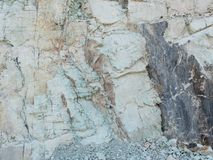 Zeolite λατομείων ακατέργαστοι μετάλλευμα και τοίχος πετρών στοκ φωτογραφία με δικαίωμα ελεύθερης χρήσης