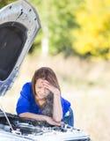 zepsuta dziewczyna samochodów Obrazy Royalty Free