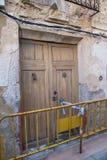 Zerbröckelnde Fassade Lizenzfreies Stockfoto