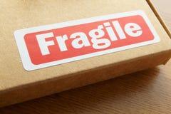 Zerbrechliches Paket für Abfertigung Lizenzfreie Stockbilder