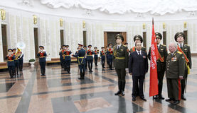 Zeremonie der Übertragung der Sieg-Fahne Stockfotos