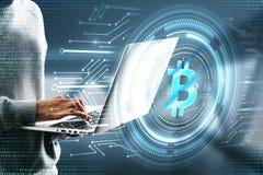 Zerhacken und cryptocurrencykonzept stockbilder