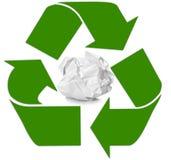 Zerknittertes Papier mit der Wiederverwertung des Symbols Lizenzfreies Stockbild
