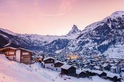 Zermatt på solnedgången royaltyfria bilder