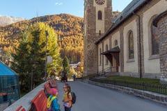 ZERMATT SZWAJCARIA, PAŹDZIERNIK, - 27, 2015: Jesień widok Zermatt kurort, kanton Valais Obrazy Royalty Free