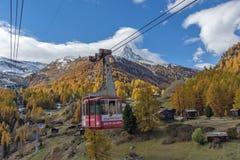 ZERMATT SZWAJCARIA, PAŹDZIERNIK, - 27, 2015: Zadziwiający widok Matterhorn od Zermatt Obrazy Stock