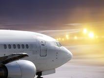 Zero-zero väder i flygplats royaltyfri bild