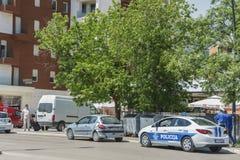 Zerquetschtes Auto nach dem Unfall auf Straße Lizenzfreie Stockfotos