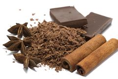 Zerriebene Schokolade mit Gewürzen Lizenzfreies Stockfoto