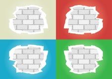 Zerrissen tapeziert weiße Backsteinmauer lizenzfreie abbildung