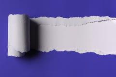 Zerrissenes Papier Stockfoto