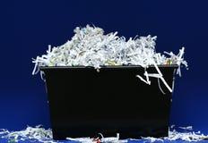 Zerrissenes Papier im Kasten Stockfotografie
