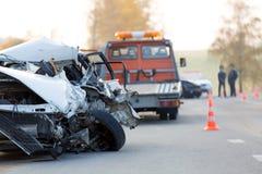 Zerschmetterter Autoautomobil-Zusammenstoßunfall Stockfotografie