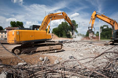 Zerstörende verstärkte Betonkonstruktionen Lizenzfreie Stockfotos