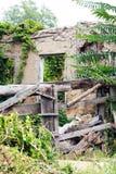 Zerstörtes Gebäude stockbilder