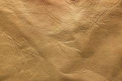 Zerstörtes Rindleder im natürlichen Farbton mit Patina lizenzfreie stockfotografie