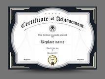 Zertifikat des archievement Schablonendesigns Auch im corel abgehobenen Betrag Stockfotos