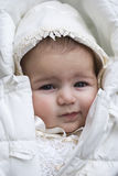 Zes maanden oud van het babymeisje het portret Royalty-vrije Stock Foto's