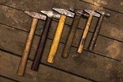 Zes oude hamers Royalty-vrije Stock Afbeeldingen