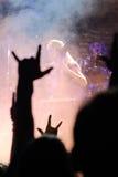 Zespół wykonuje na scenie Obraz Royalty Free