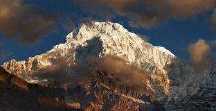 Zet Annapurna in Nepal op stock foto's