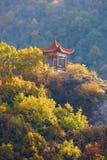 Zet Bailongshan-de herfst, Shanxi, China op royalty-vrije stock fotografie