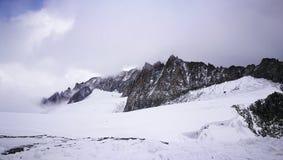 Zet Blanc-gletsjer van Italiaanse grens op Stock Afbeeldingen