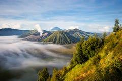 Zet Bromo bij Zonsopgang op, Java, Indonesië Royalty-vrije Stock Afbeeldingen