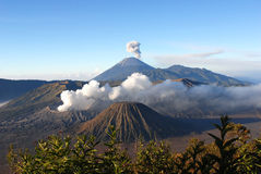Zet Bromo, een actieve vulkaan in Oost-Java, Indonesië op Stock Foto