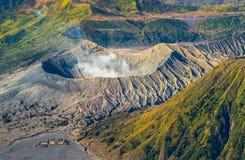 Zet Bromo-vulkaan tijdens zonsopgang op, de prachtige mening van MT Royalty-vrije Stock Foto's