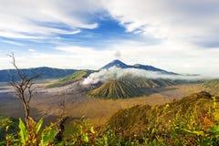 Zet de vulkaan van bromo batok semeru, Java Indonesië op Royalty-vrije Stock Foto's