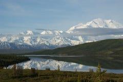 Zet denali Alaska op royalty-vrije stock afbeeldingen