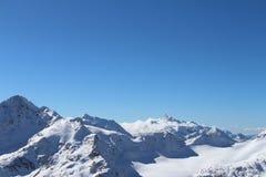 Zet Elbrus, de bergketen van de Kaukasus, Rusland op Royalty-vrije Stock Afbeeldingen