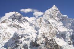 Zet Everest 8848, Himalayagebergte op stock afbeelding