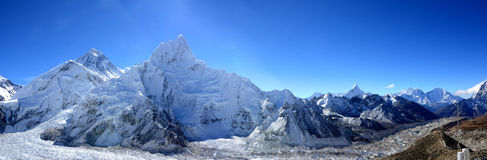 Zet Everest en de Khumbu-Gletsjer van Kala Patthar op, Stock Foto's