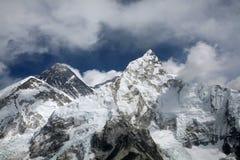 Zet Everest op die van Kala Patthar wordt bekeken Royalty-vrije Stock Afbeelding