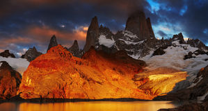 Zet Fitz Roy, Patagonië, Argentinië op Royalty-vrije Stock Afbeelding