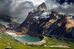 Zet Fitz Roy, Patagonië, Argentinië op stock afbeeldingen